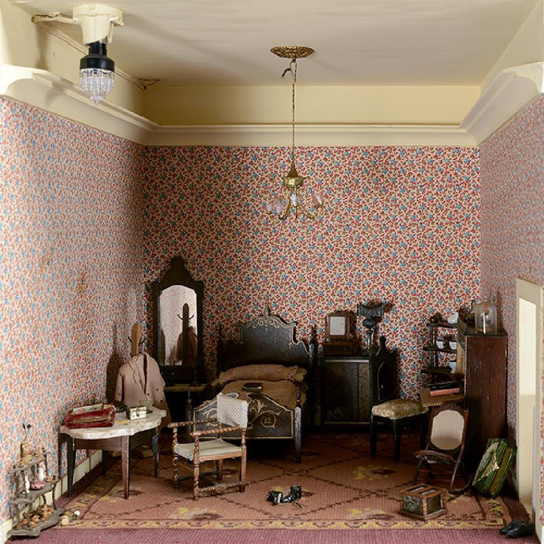Contents of Rococo Revival Bedroom, Mother Larke