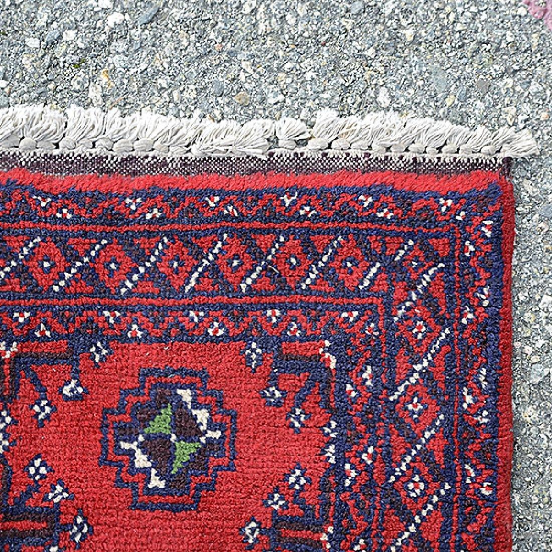 Beshir Carpet: 5 feet x 9 feet 8 inches - 4