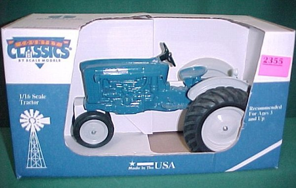 2355: Ford 2000 Scale Model Tractor.