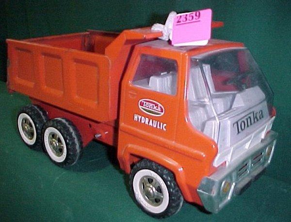 "2359: Tonka ""Hydraulic"" Dump Truck"
