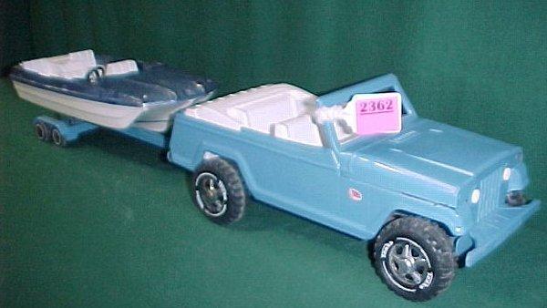 2362: Tonka Jeepster with Ski Boat