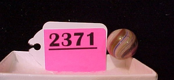 """2371: 21/32"""" Hand Made Onion Skin Marble"""
