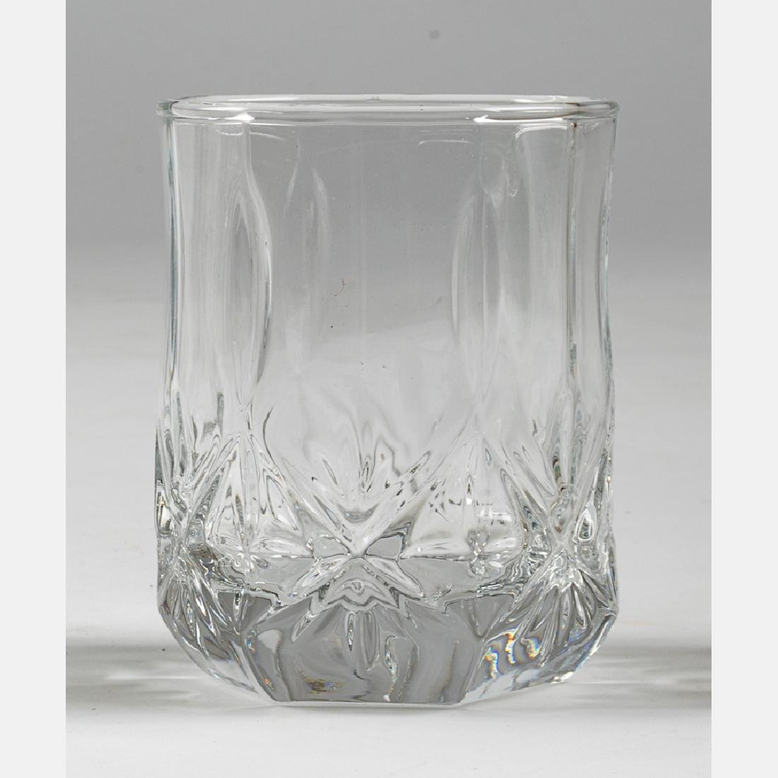 A Collection of Etched Crystal Stemware, 20th Century, - 9