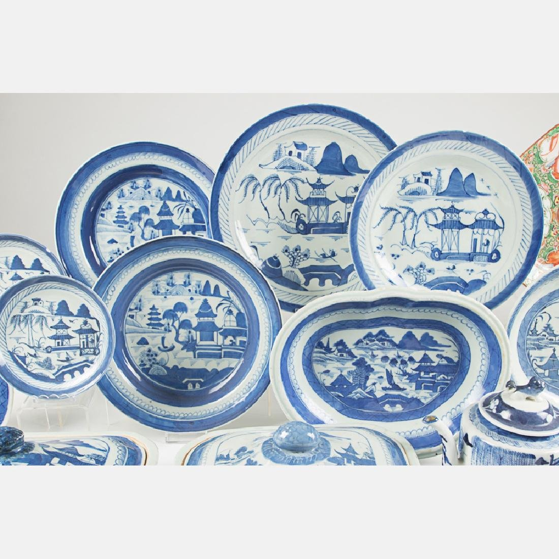 A Miscellaneous Collection of Chinese Blue and White - 5