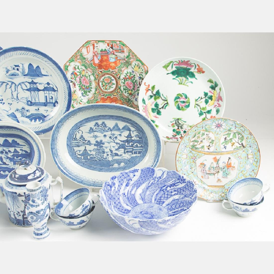 A Miscellaneous Collection of Chinese Blue and White - 6