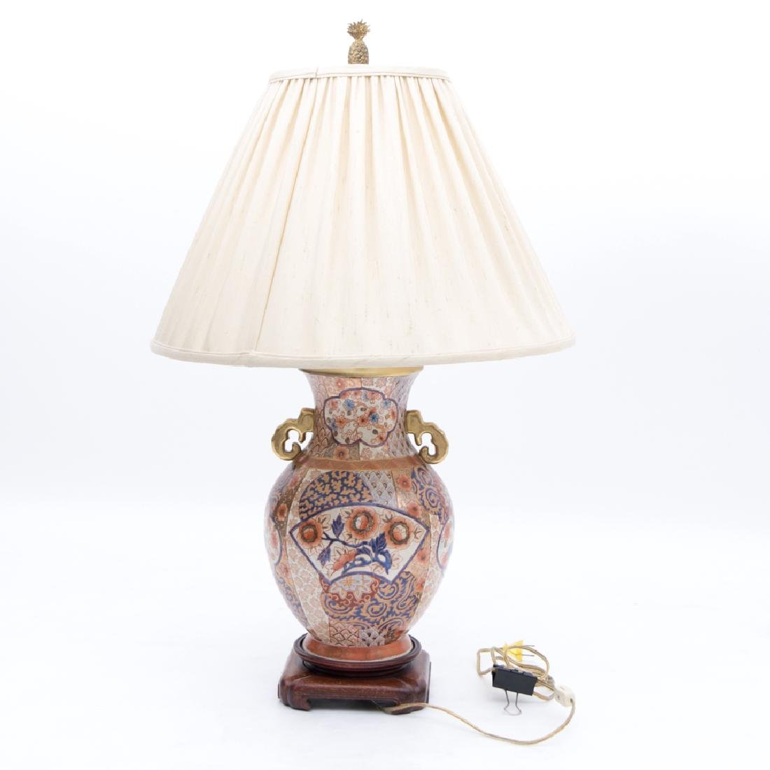 A Japanese Imari Porcelain Table Lamp, 20th Century.