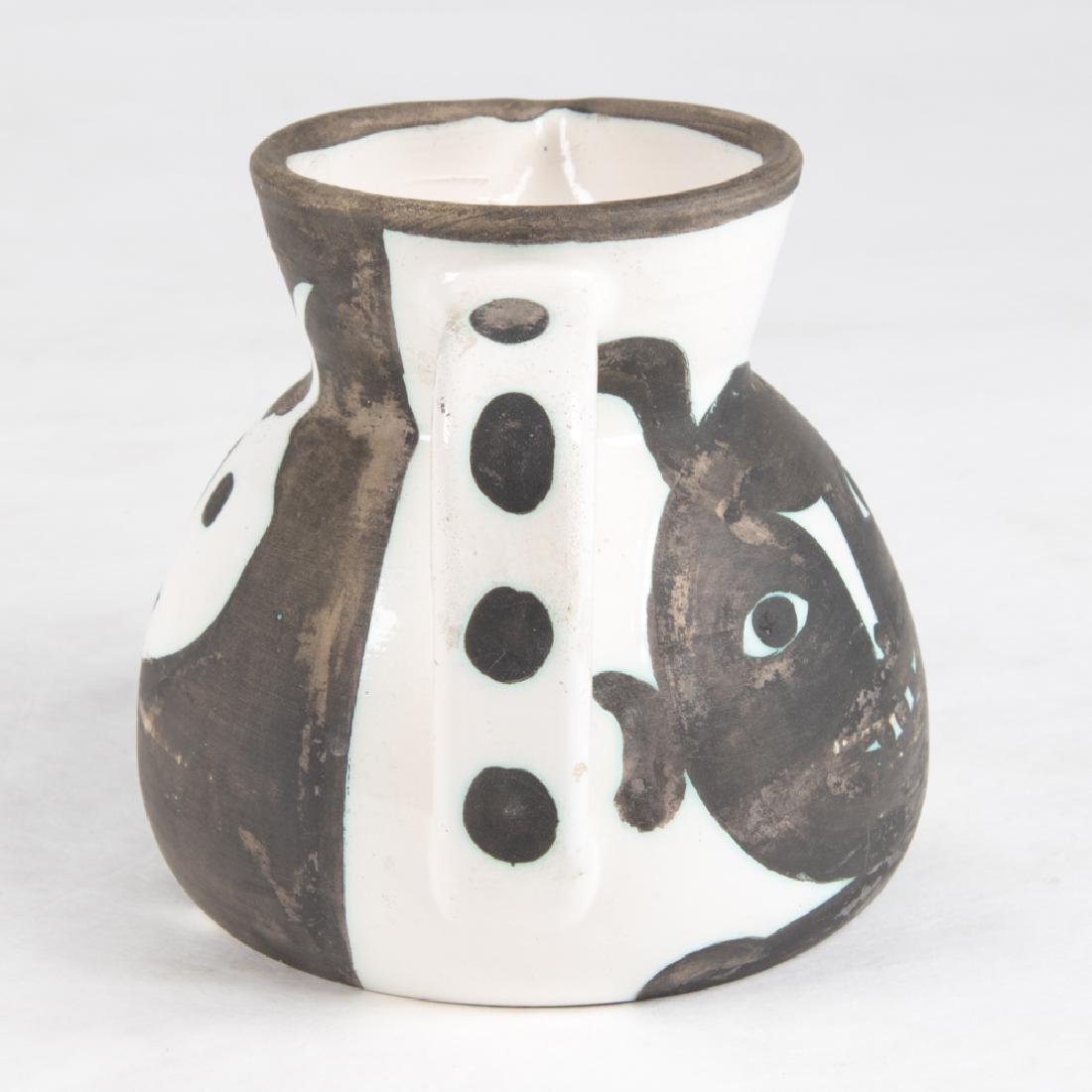 Pablo Picasso (1881-1973) Pichet Tetes, 1956, White - 4