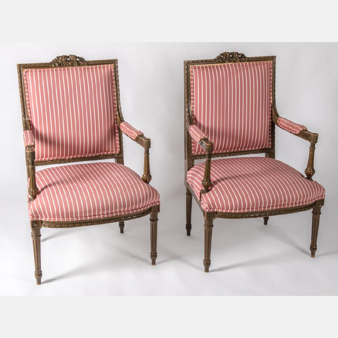 A Pair of Louis XVI Giltwood Bergere a la Reine, Early
