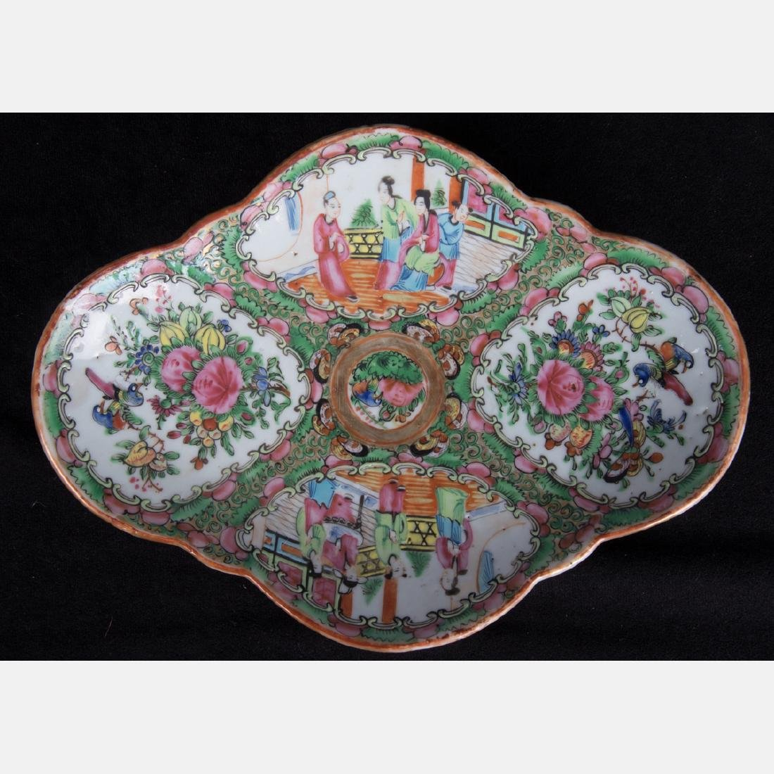 A Group of Twenty Chinese Rose Medallion Porcelain - 7