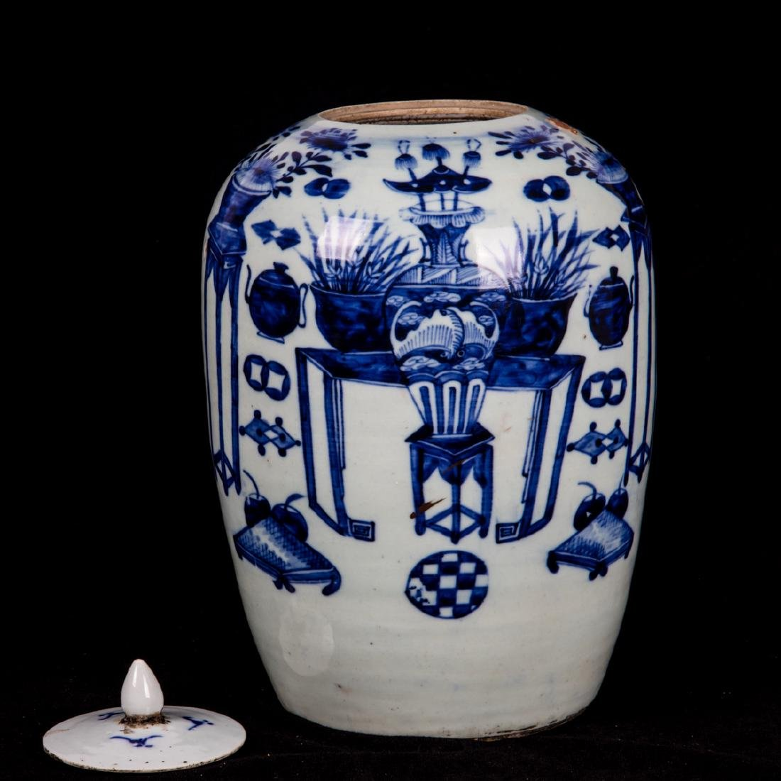 A Chinese Blue and White Porcelain Lidded Jar, 19th - 2