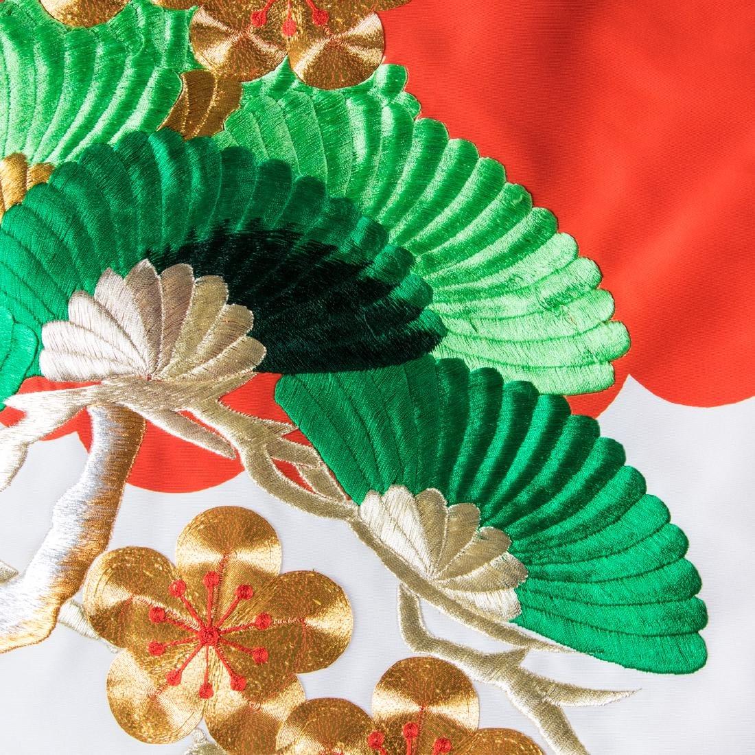 A Japanese Metallic and Silk Embroidered Kimono, 20th - 6