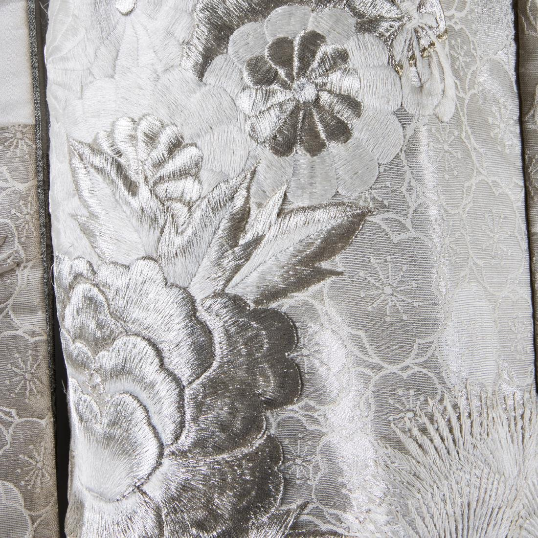 A Japanese Metallic and Silk Embroidered Kimono, 20th - 7