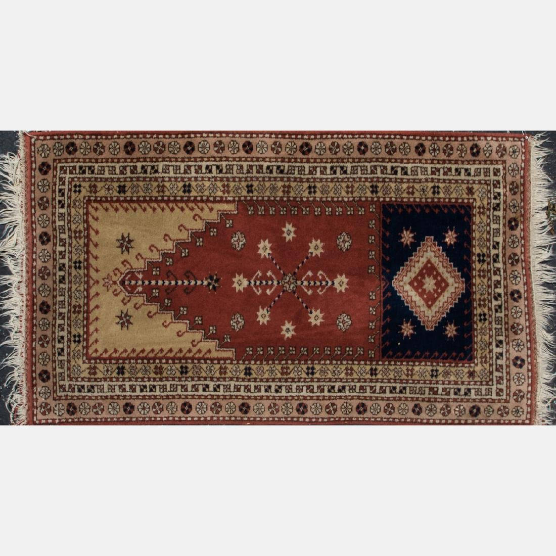 A Group of Three Turkish Wool Rugs, 20th Century. - 4