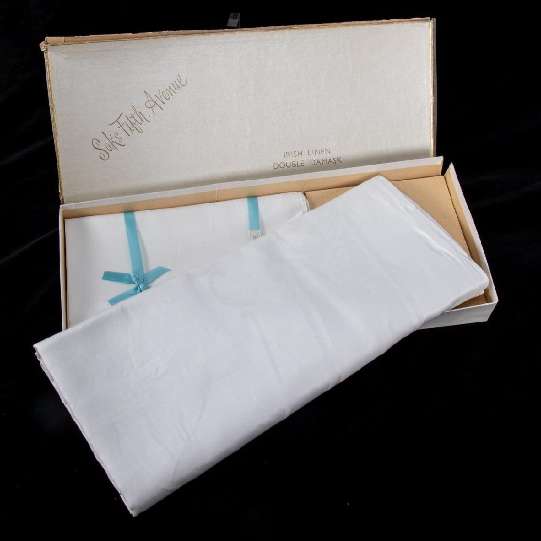 A Set of Irish Linen Double Damask Oval Table Cloth - 2