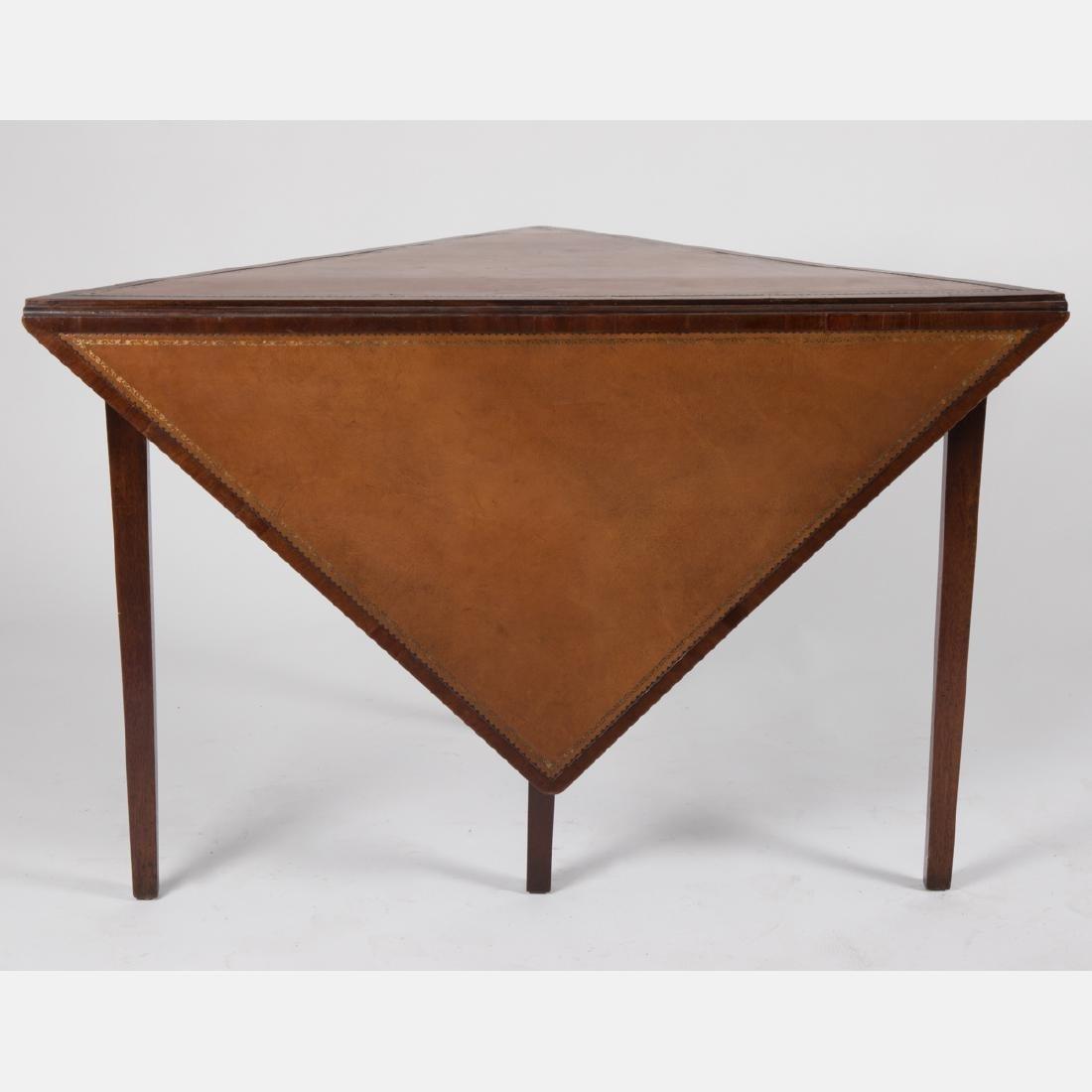 An English Mahogany Handkerchief Table, 19th/20th