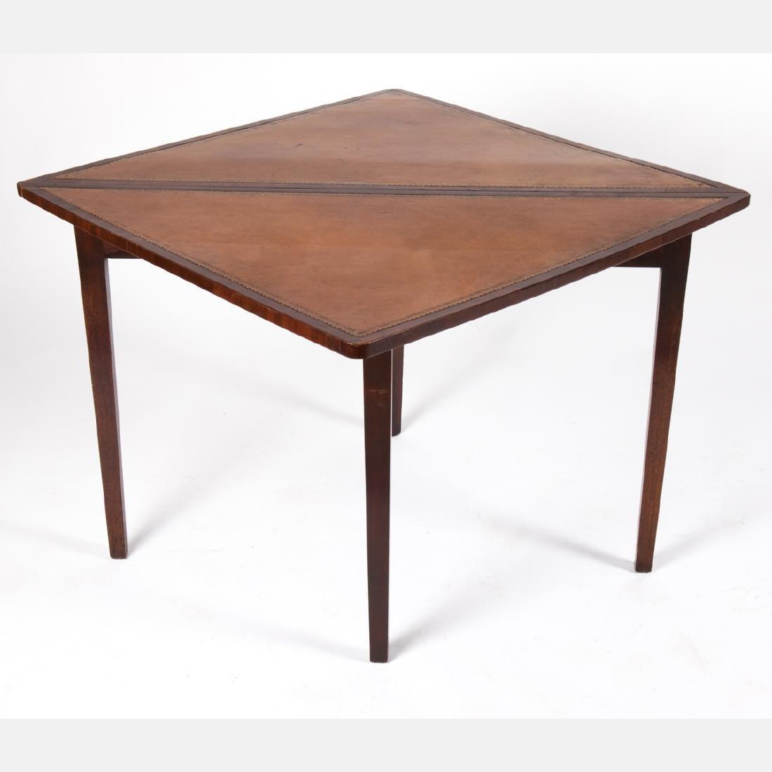 An English Mahogany Handkerchief Table, 19th/20th - 2