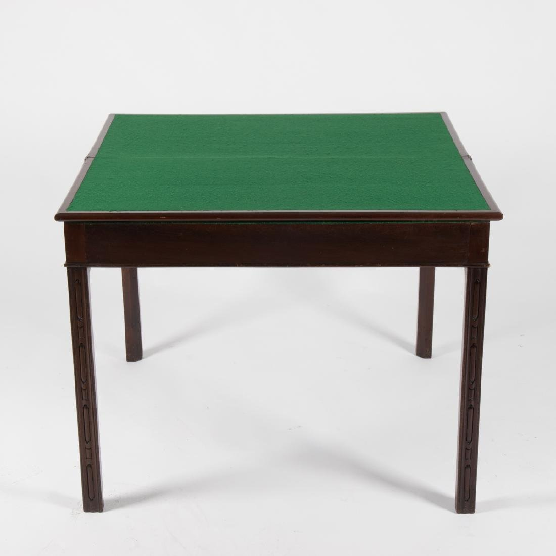 A Georgian Mahogany Games Table, 19th Century. - 4