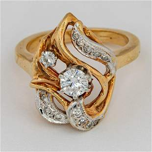 A 14 kt Gold and Diamond Ring
