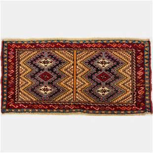 Persian Yalameh Shiraz Wool Rug