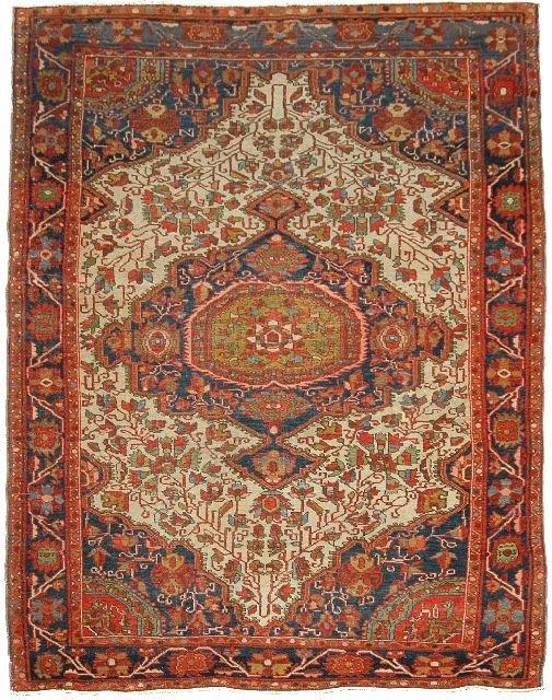 15: An Antique Persian Sarouk Farrahan Wool Rug