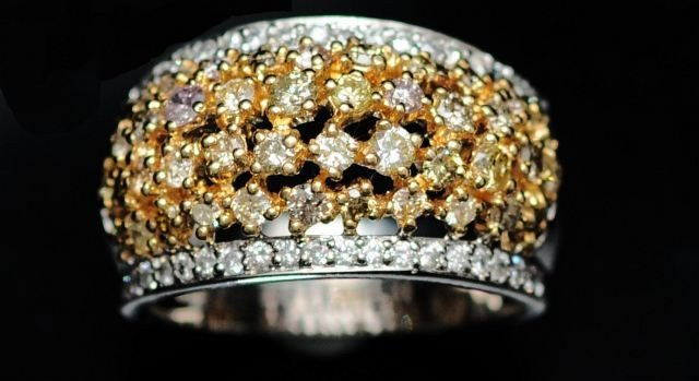 5: A 14 kt. Two Tone Multi Colored Diamond Form Dome Ri