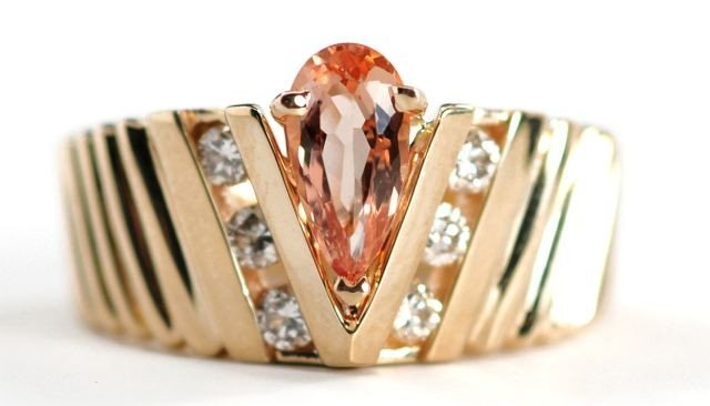 11: A 14 kt. Yellow Gold, Diamond and Peach Colored Sto