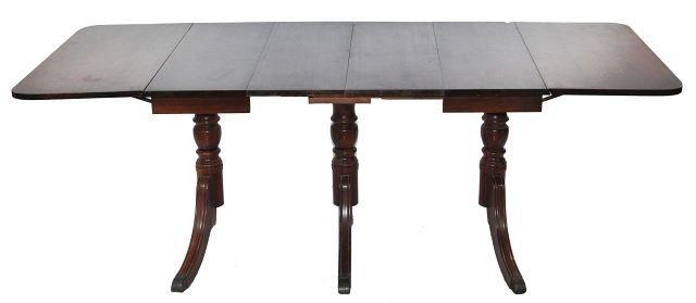 213: A Duncan Phyfe Style Mahogany Drop Leaf Dining Tab - 7