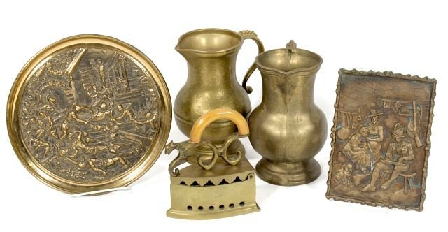 124: A Collection of Brass Decorative Items. - 2