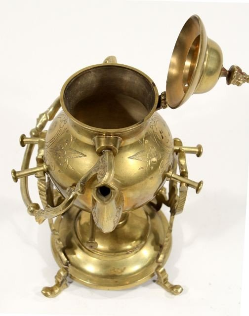 124: A Collection of Brass Decorative Items. - 8