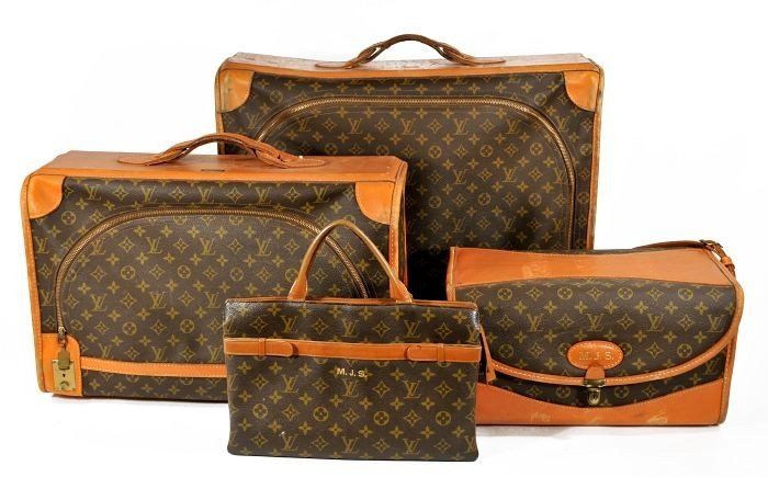 89: A Set of Vintage Louis Vuitton Luggage,