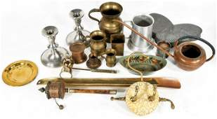 195: A Miscellaneous Collection of Pewter, Brass & Copp