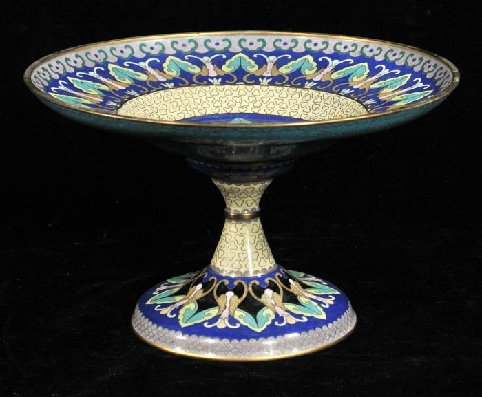 22: A Chinese Cloisonne Tazza, 20th Century.