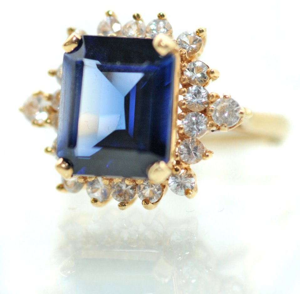 136: A 14kt. Yellow Gold, Synthetic Blue Sapphire and W