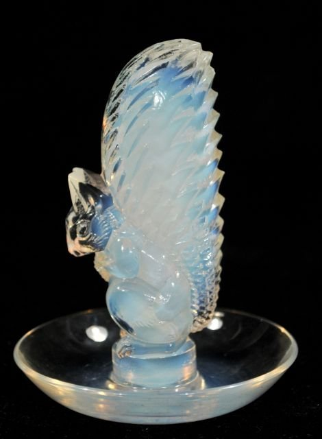 211: A Lalique Squirrel Jewelry Tray, 20th Century.