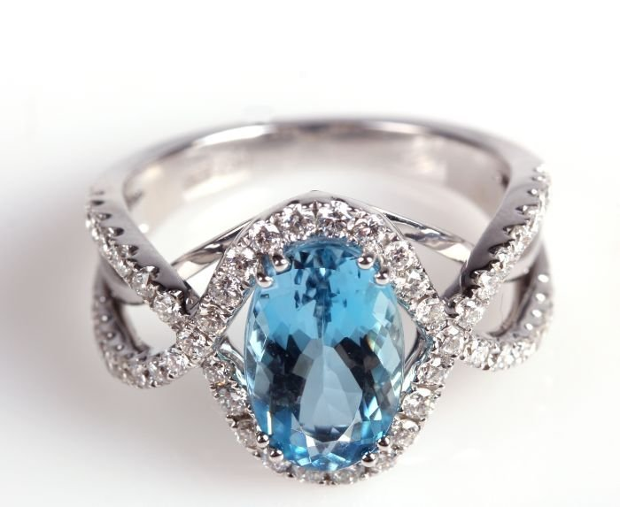 A Frederic Sage 18kt. White Gold, Aquamarine and