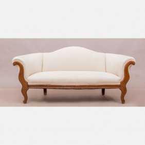 A Victorian Style Mahogany Settee, 20th Century.