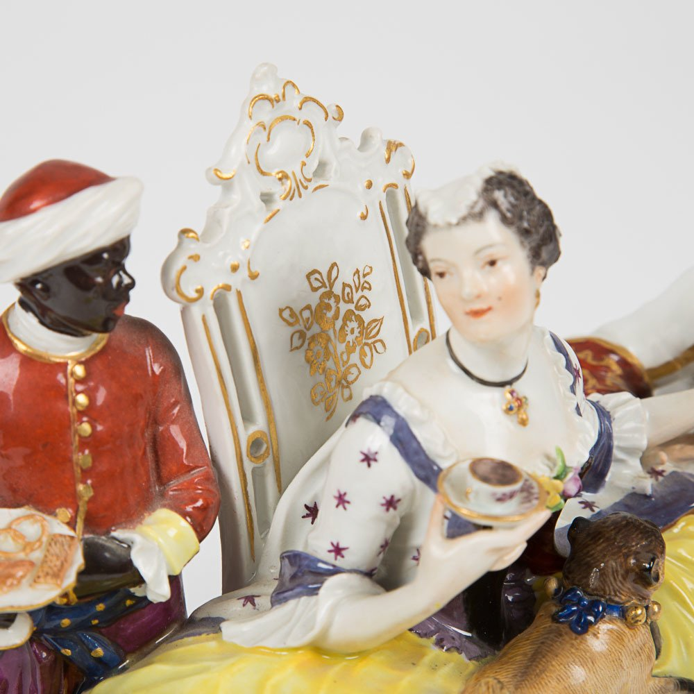 A Meissen Porcelain Crinoline Group after Johann - 5