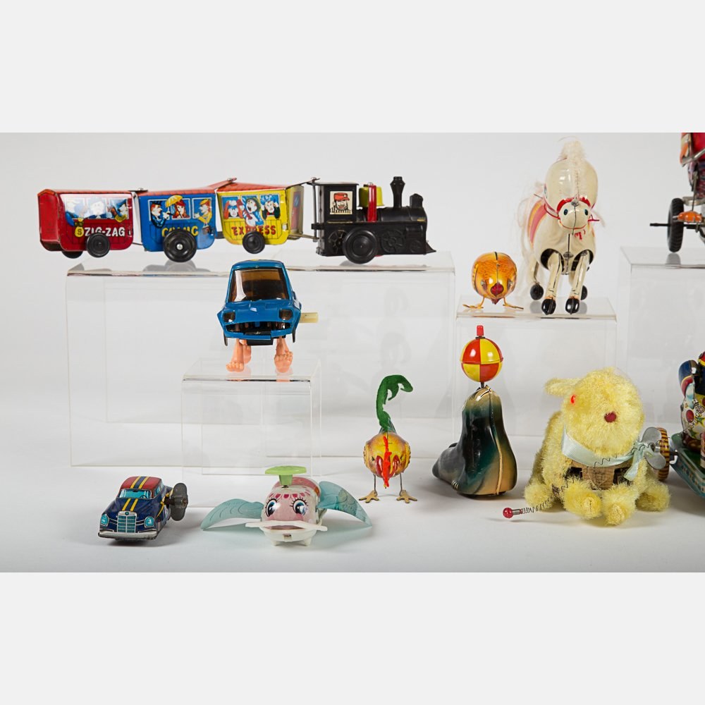 A Miscellaneous Collection of Vintage Tin Wind-Up Toys, - 3