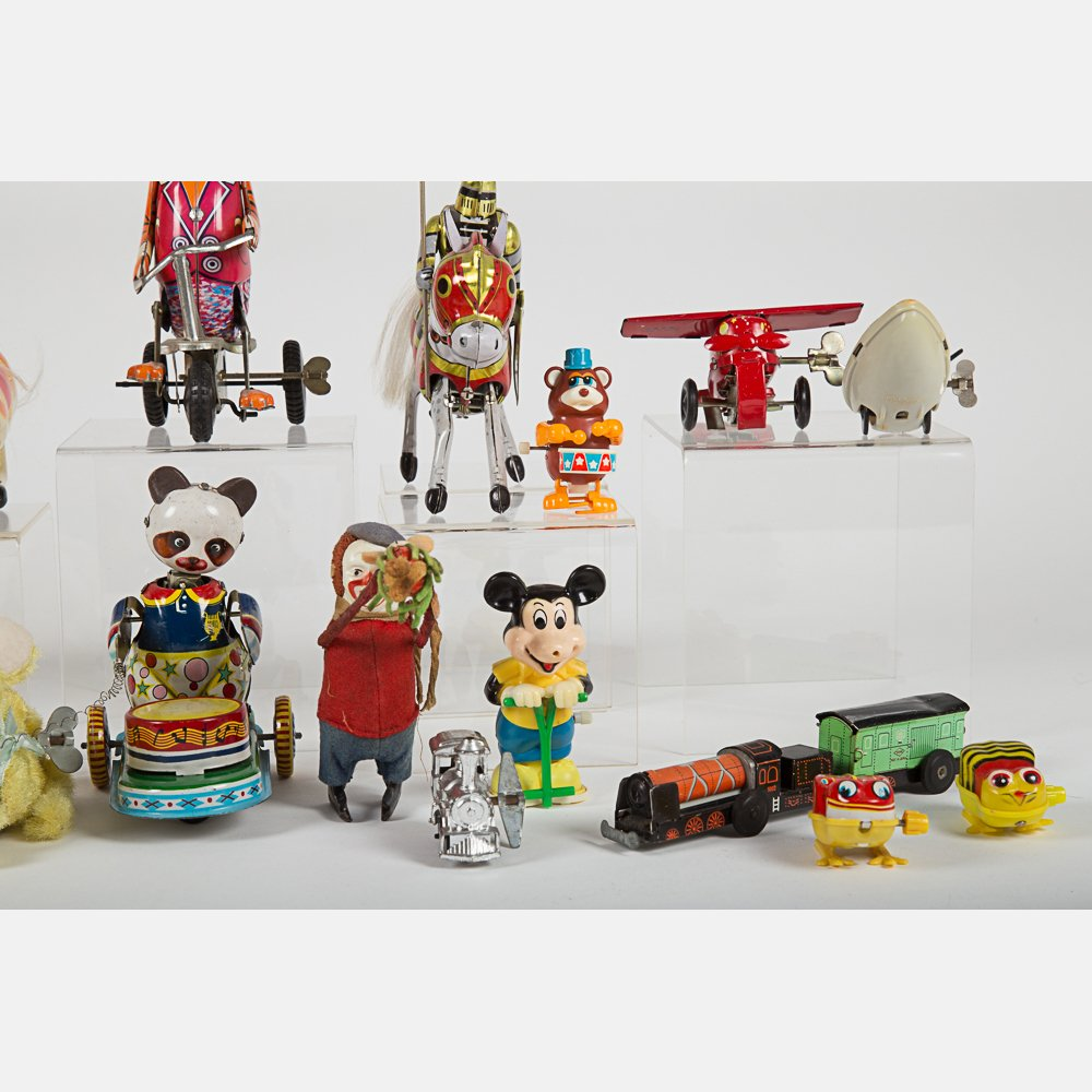 A Miscellaneous Collection of Vintage Tin Wind-Up Toys, - 4