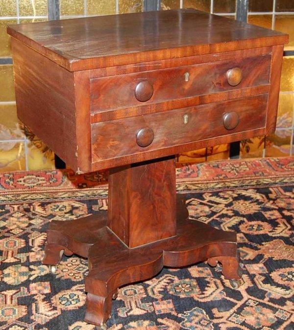 6: AMERICAN EMPIRE MAHOGANY STAND TABLE