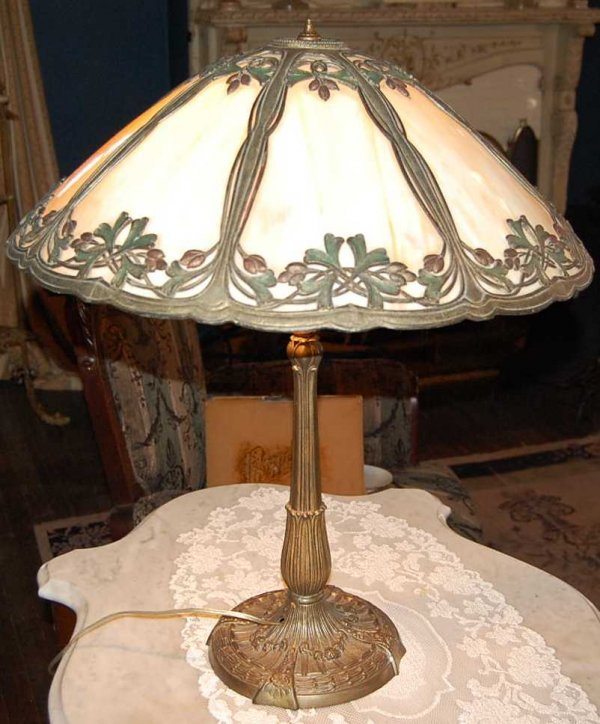 17: MILLER LAMP CO CURVED GLASS PARLOR LAMP