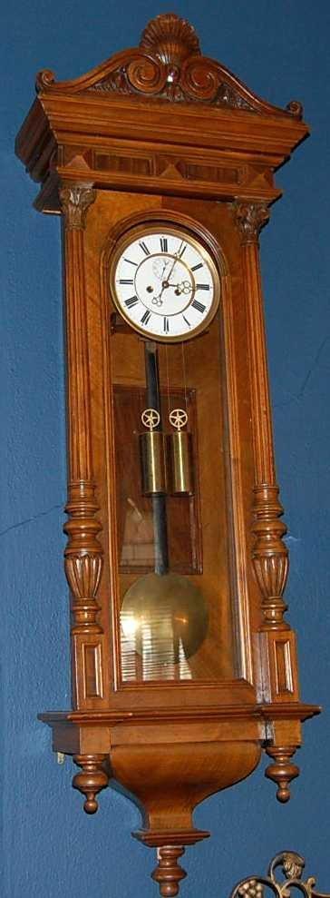 19: TWO WEIGHT VIENNA REGULATOR WALL CLOCK