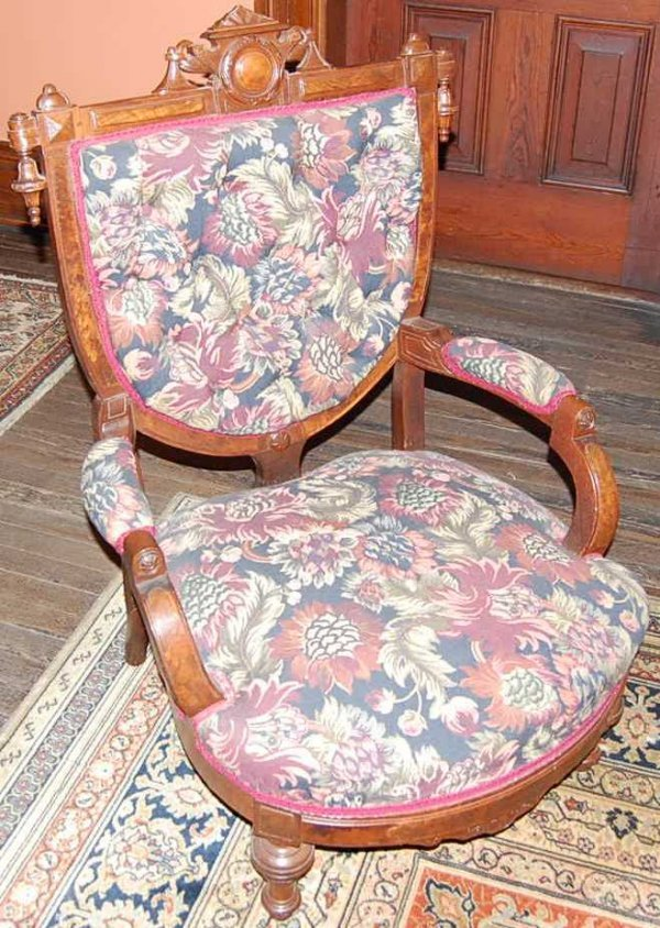 18: PR OF LADIES AND GENTS VICTORIAN PARLOR CHAIRS