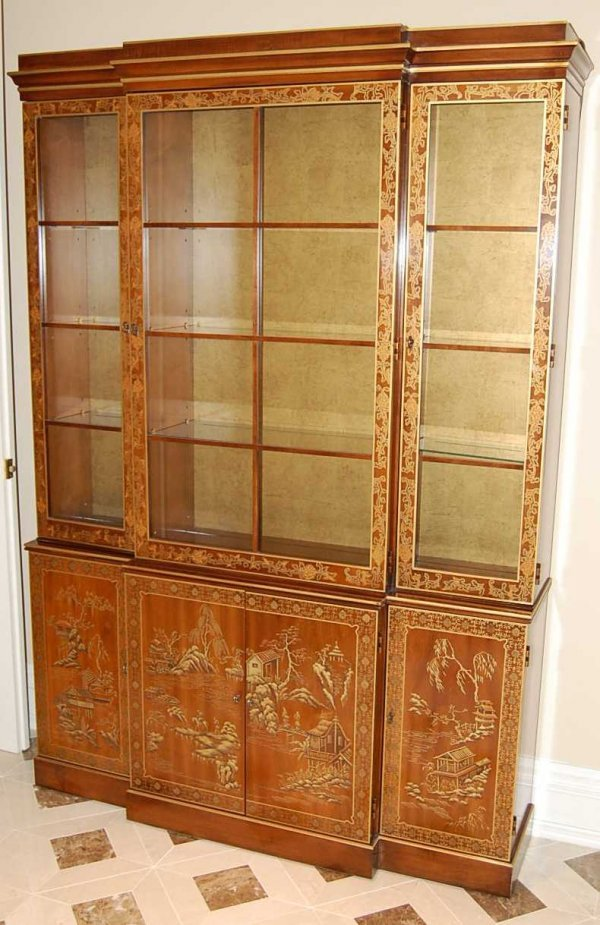 10: Chinoserie Decorated Breakfront Bookcase