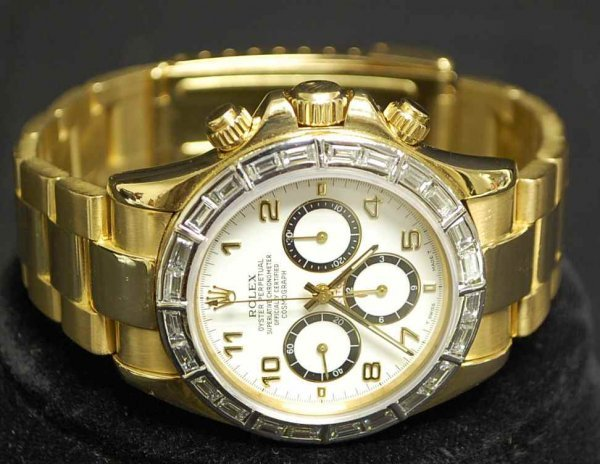 91: Mens Daytona Gold & Diamond Rolex Watch