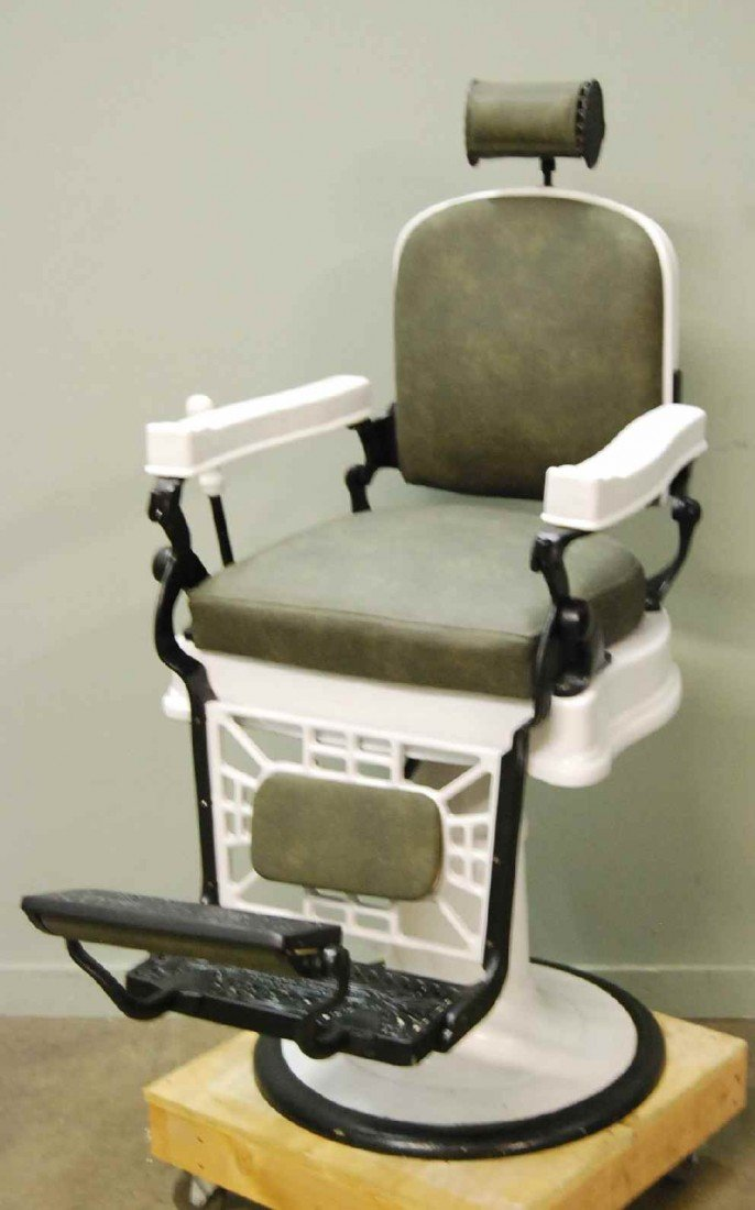 PORCELAIN E BERNINGHAUS BARBER CHAIR