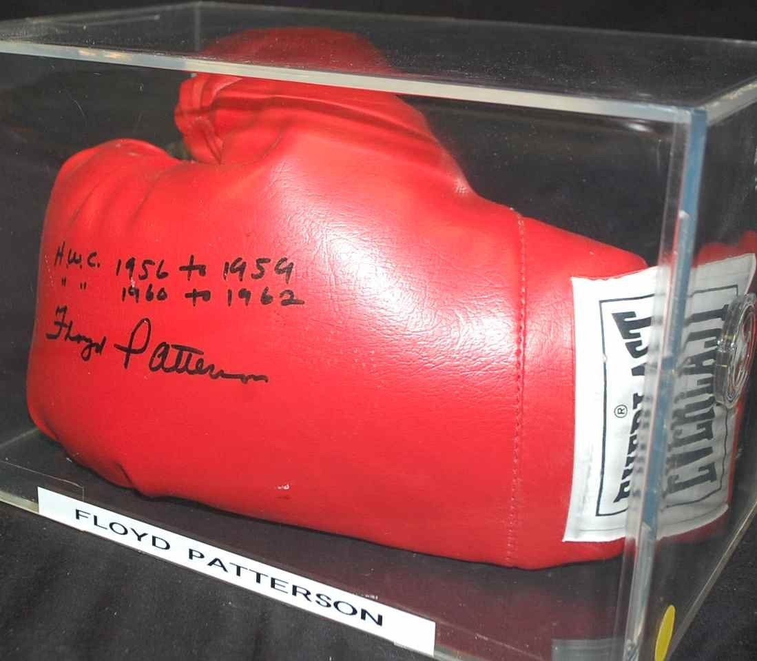 22: FLOYD PATTERSON AUTOGRAPHED BOXING GLOVE