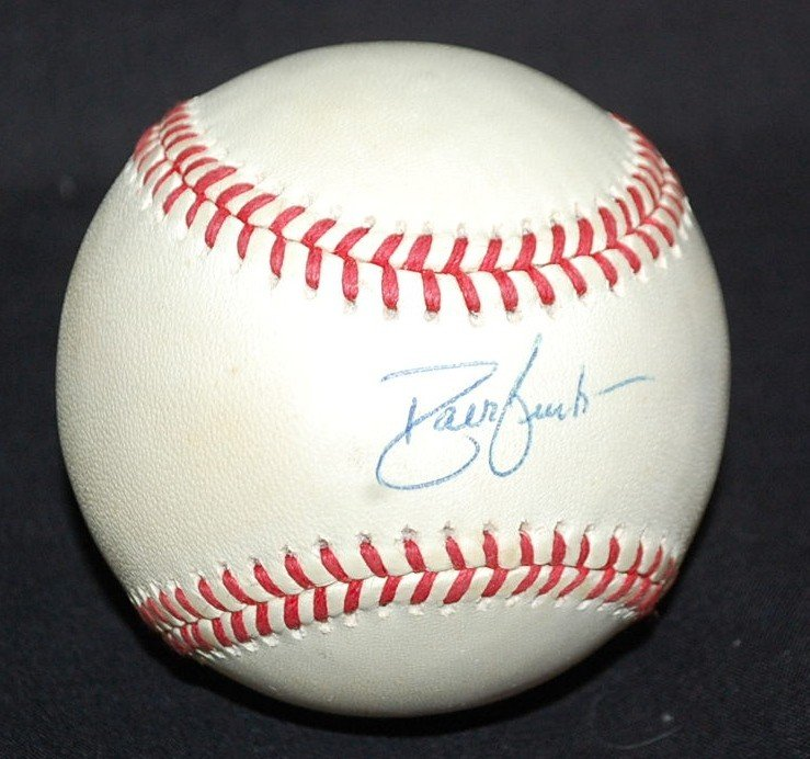 19: DAVE JUSTICE AUTOGRAPHED BASEBALL