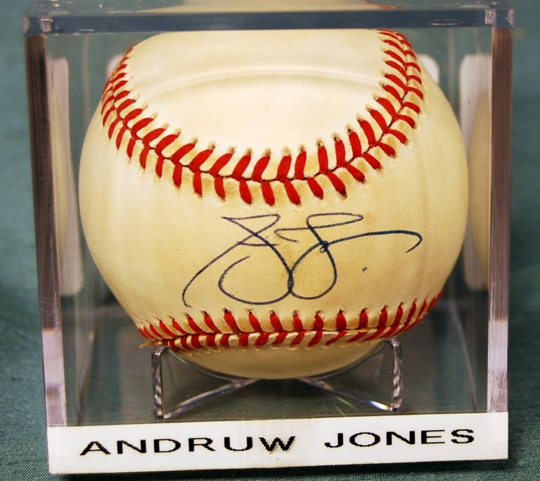 337: ANDRUW JONES SIGNED N.L. BASEBALL