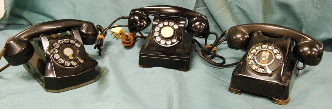 328: LOT OF 3 VINTAGE TELEPHONES